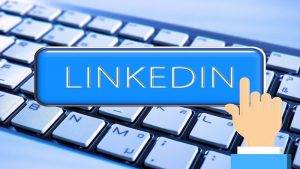 Make Money With LinkedIn – Monetize Your LinkedIn Contacts
